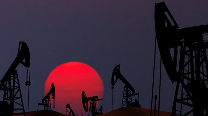 Нефть дешевеет под давлением второй волны распространения коронавируса
