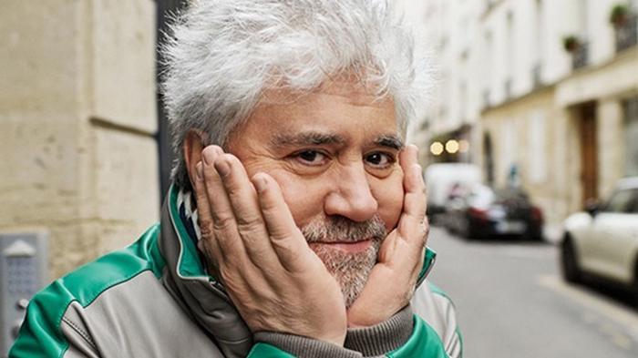 Педро Альмодовар перенес COVID-19 и написал сценарий к новому фильму