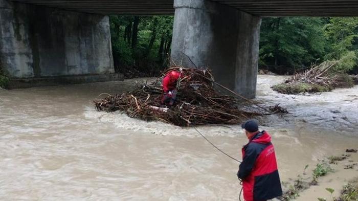 Беларусь направила в Украину 30 тонн гумпомощи из-за наводнений