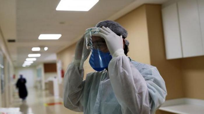 В мире зафиксировано более 18 млн заражения COVID-19