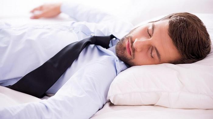 Появилась вакансия, где надо спать на работе девять часов в день
