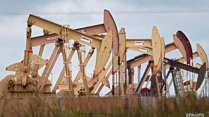 Цена на нефть упала до минимума за месяц