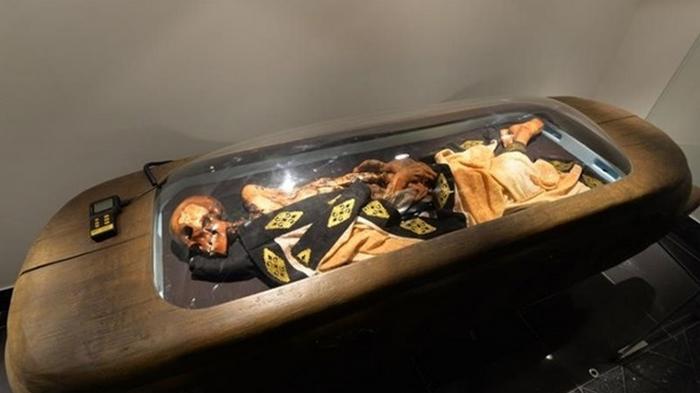 Депутат заявил, что Алтай от коронавируса защищает мумия