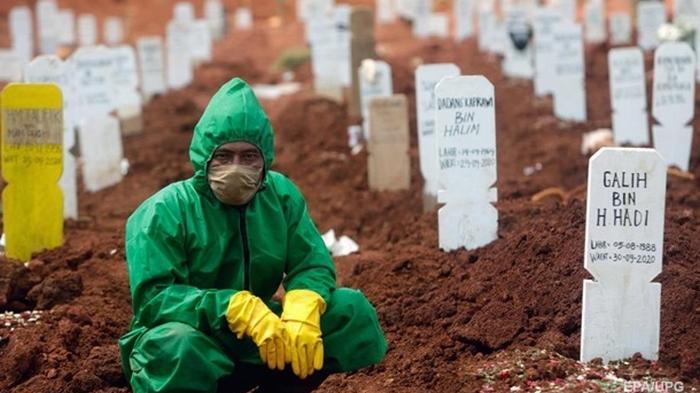 Число случаев COVID-19 в мире превысило 35 млн