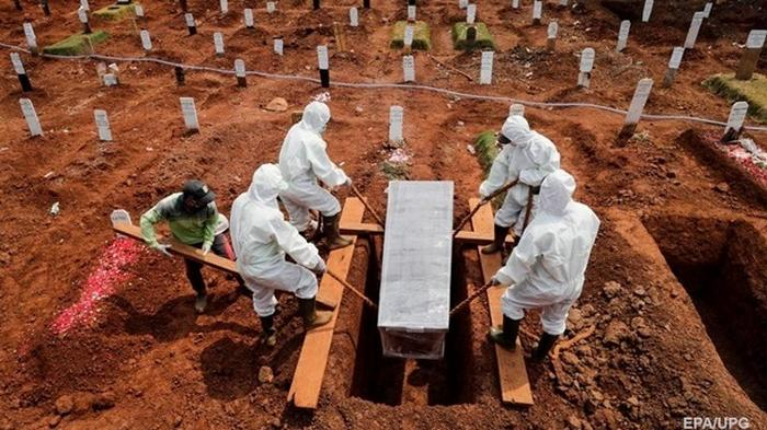 COVID-19: в мире уже более 38 млн инфицированных