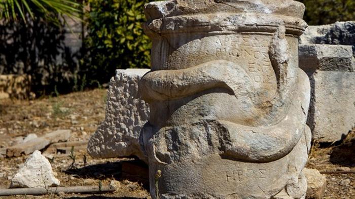 В Анталии нашли алтарь для богов преисподней