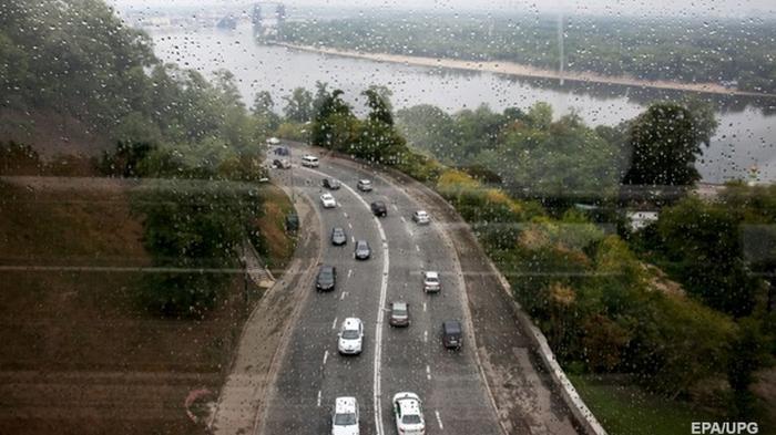В Киеве вступает в силу зимнее ограничение скорости