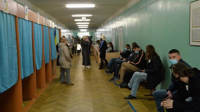 В день голосования открыто 159 дел по нарушениям