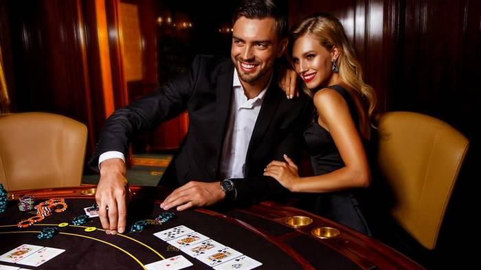 Аксессуары для казино и покера от GameBridge
