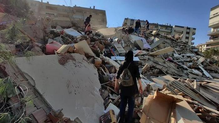 Землетрясения в Турции и Греции: пятеро погибли, более сотни пострадали