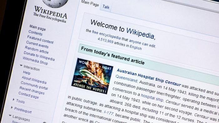 Чтобы не писали лишнего. Википедия запретила новичкам править статьи о выборах в США