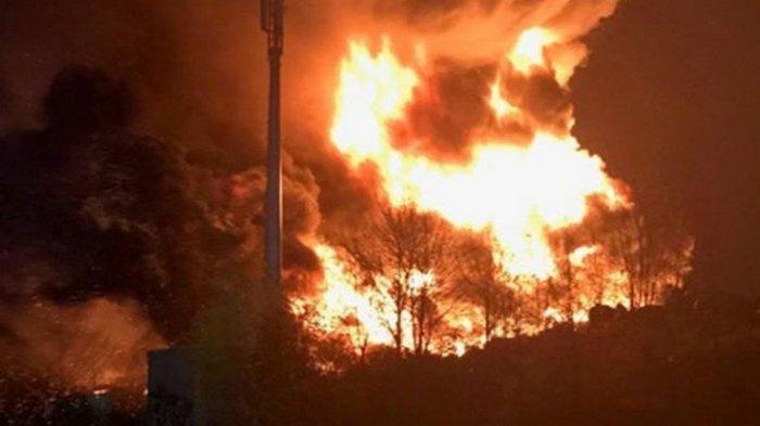 В Брэдфорде из-за пожара закрыли школы