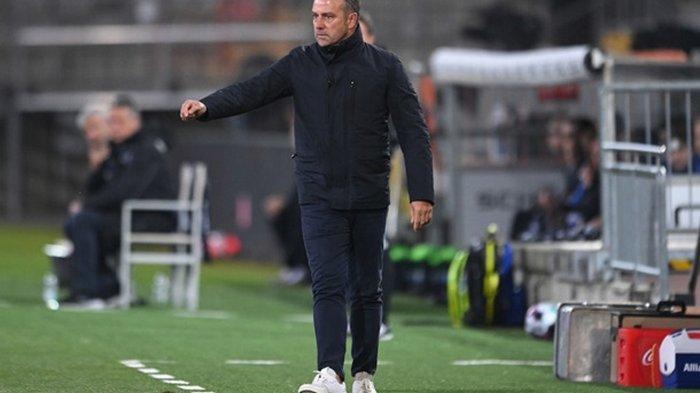 Флика признали лучшим клубным тренером 2020 года