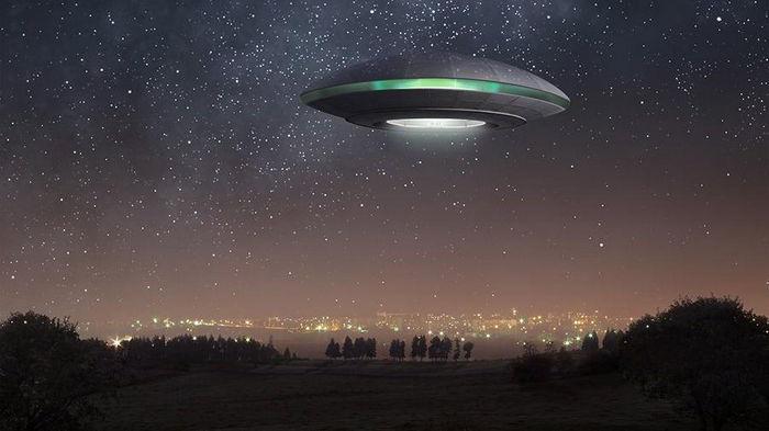 Разведка США в течение полугода должна выложить все, что знает об НЛО