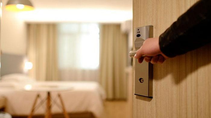 Более половины украинских гостиниц потеряли около 50% годовой выручки