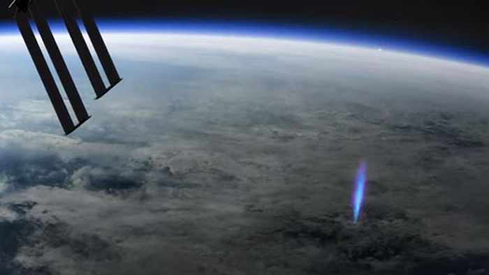 Камеры МКС сняли редкое природное явление (видео)
