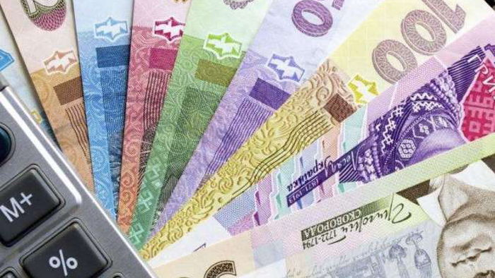 Курсы валют: гривна растет третью неделю подряд