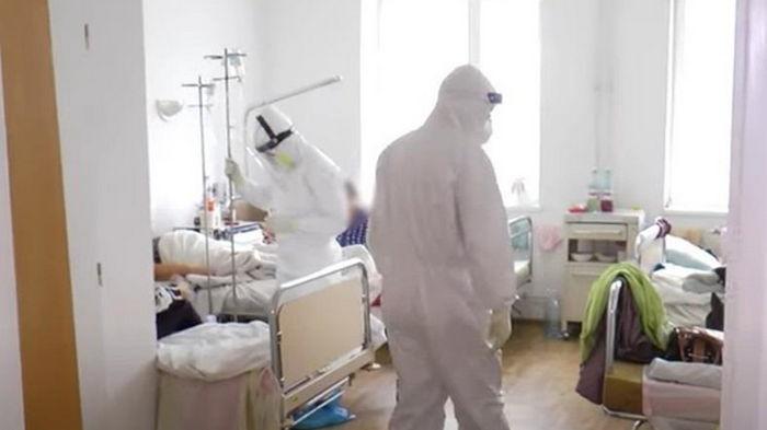 В Украине снижается суточный прирост COVID-19