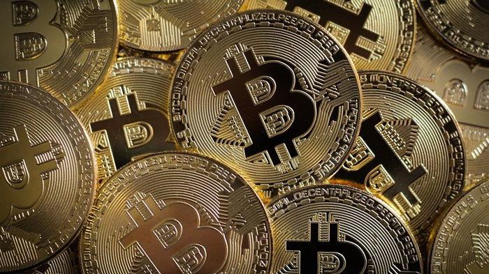 Стоимость биткоина впервые поднялась выше $51 тысячи