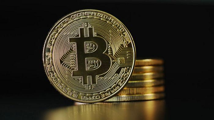 Старейший банк США выходит на рынок криптовалют, курс Bitcoin установил новый рекорд