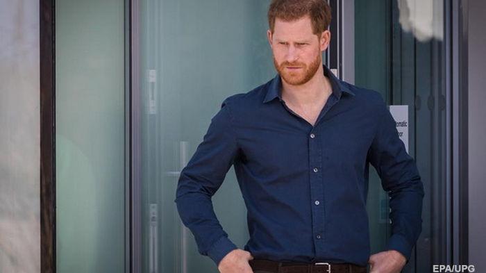 Принц Гарри готовится к срочному вылету в Британию – СМИ