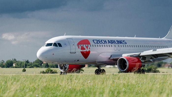 Чешские авиалинии увольняют всех сотрудников