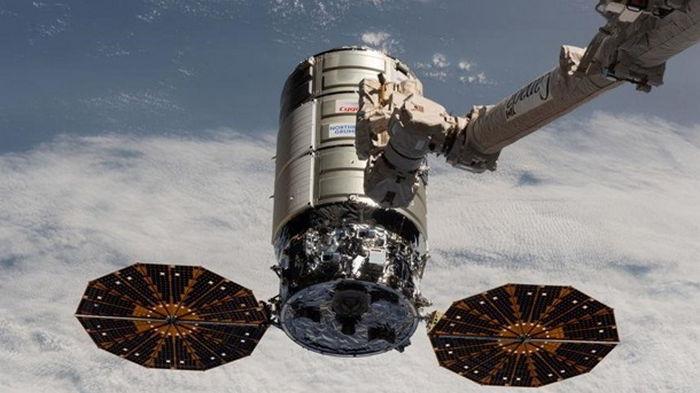 Грузовой корабль Cygnus пристыковался к МКС