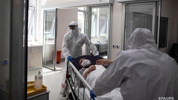 В Украине подскочило число госпитализаций с COVID