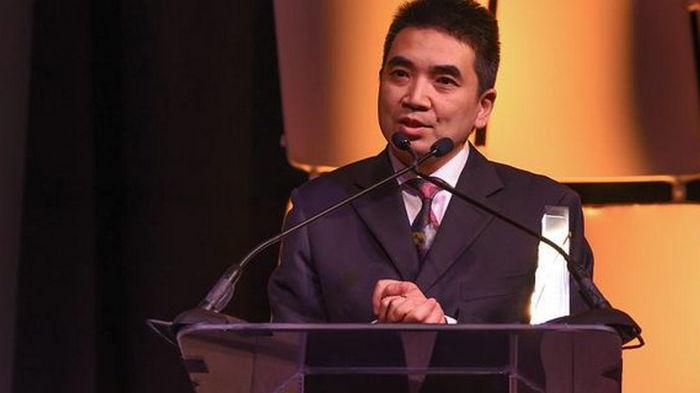 Основатель Zoom Эрик Юань подарил неизвестным получателям акции компании на $6 млрд