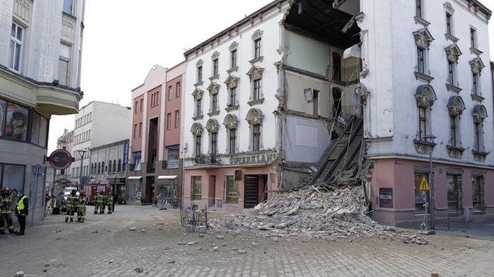 В Польше обрушилась часть старинного дома (фото)
