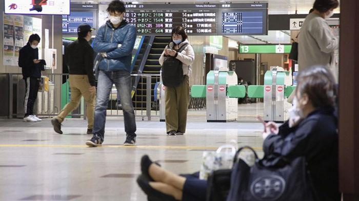 В Японии произошло мощное землетрясение и цунами