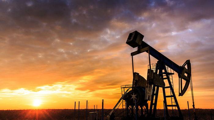 Нефть дешевеет на новостях из Суэцкого канала