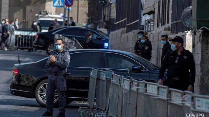 В Израиле военные застрелили мужчину, направившего на них авто - СМИ