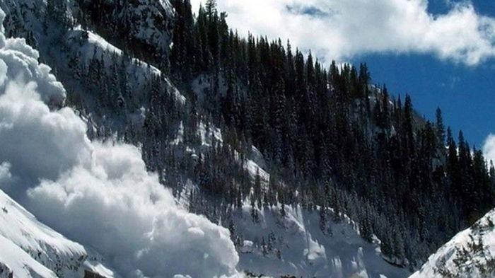 В Карпатах ожидается угроза схождения снежных лавин