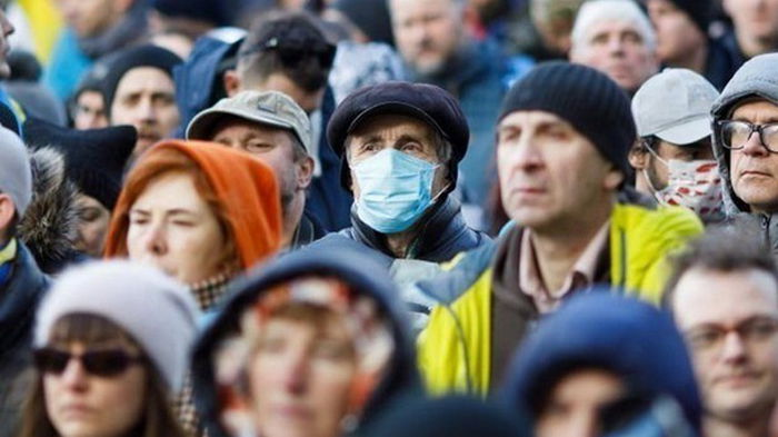 В Украине выявлено более 20 тысяч случаев COVID
