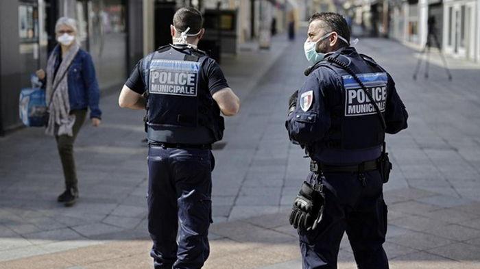 В Париже произошла стрельба у больницы, есть жертвы - СМИ