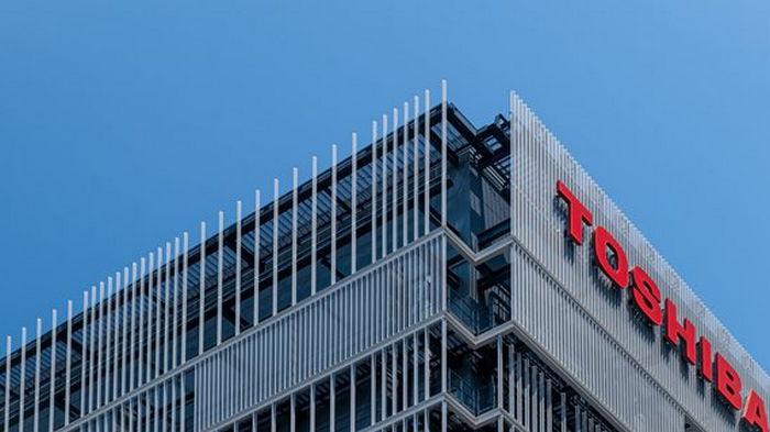 Глава Toshiba подал в отставку, вызвав рост акций компании