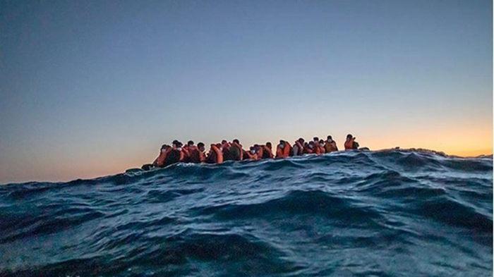У Туниса затонуло судно с мигрантами: более 40 жертв