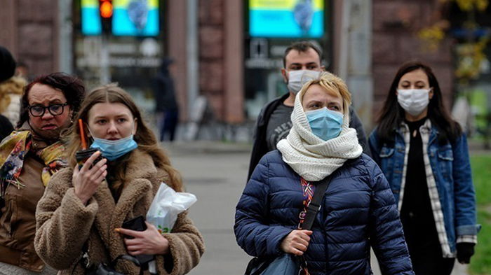 В Украине более 10 тысяч новых случаев COVID-19