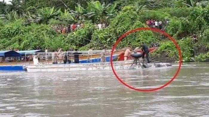 В Перу военный вертолет упал в реку, пятеро погибших