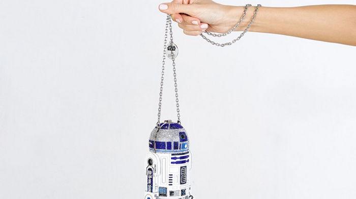 Ко дню Звездных войн вышел клатч-дроид R2-D2 (фото)