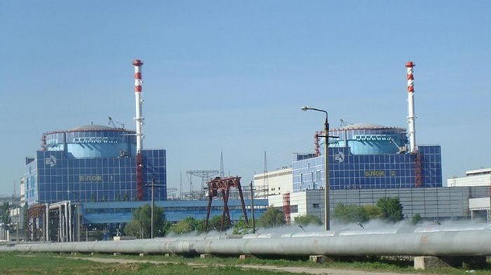 Хмельницкая АЭС отключила на ремонт первый энергоблок