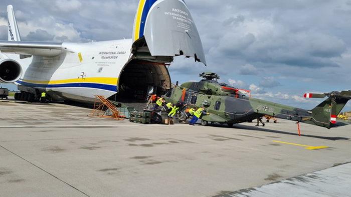 Украинские самолеты вывозят из Афганистана военную технику Германии