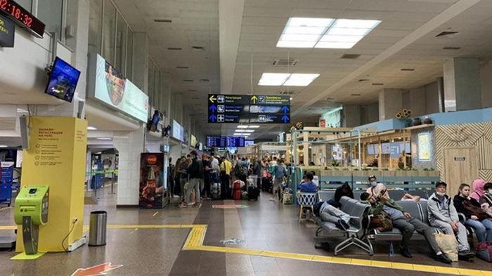 Летевший из Египта самолет Белавиа экстренно сел в Краснодаре