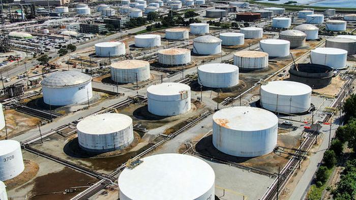 Цены на нефть усилили рост: Brent снова выше $30