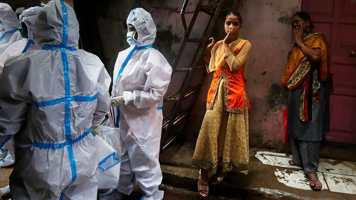 Индия заказала 300 млн доз несертифицированной вакцины против COVID-19