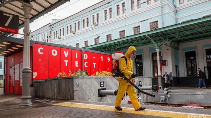 В России прирост COVID-больных подскочил выше 14 тысяч