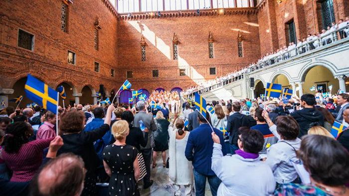Зеленский поздравил шведов с Национальным днем