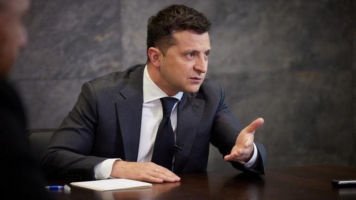 Зеленский подписал закон, который закрепляет автоматическую фиксацию нарушений габаритно-весовых норм