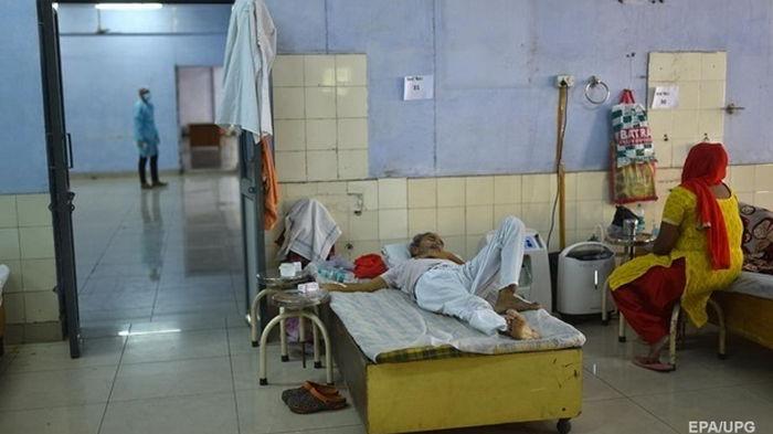 В Индии новый штамм коронавируса выявили в трех штатах